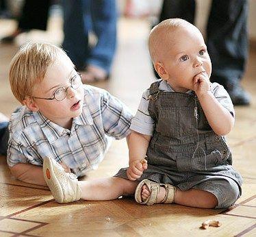 деткам с синдромом аутизма